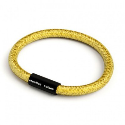 Bracelet with Matt black magnetic clasp and RM31 cable